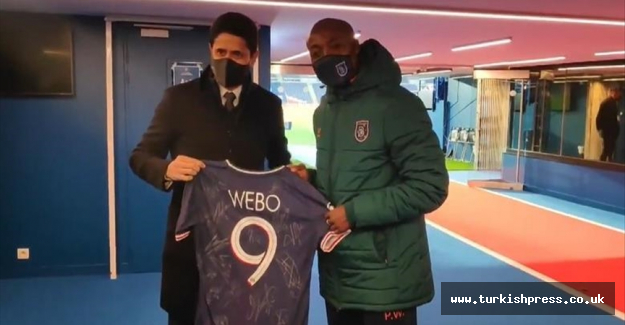 PSG give Basaksehir's Webo jersey to show solidarity