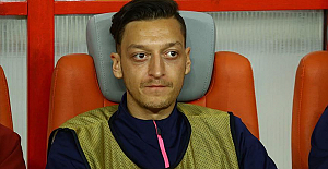 Whole Arsenal management decided to drop Ozil: Manager