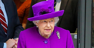 Queen Elizabeth II addresses UK amid COVID-19 pandemic
